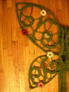 crocheted fairy wings pattern, I could see Liz making this. A girl can only hope!!