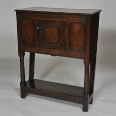 Rare 17th century Oak Livery Cupboard