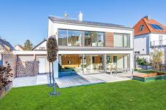 Obermenzing: Neuwertiges Einfamilienhaus mit modernster Technik, hellem Ambiente und großem Südgarten Details: http://www.riedel-immobilien.de/objekt/3344