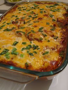 Low carb chicken enchilada bake. This looks scrumptious!