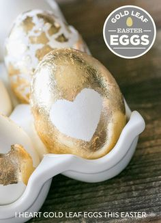 Wish geese really laid golden eggs? These metallic designs are the next best thing. Get the tutorial at Sugar and Charm.   - CountryLiving.com