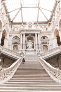 "Travel to Vienna and visit the Justizpalast - 100% free of charge and a must-see when you're in ""Wien"""