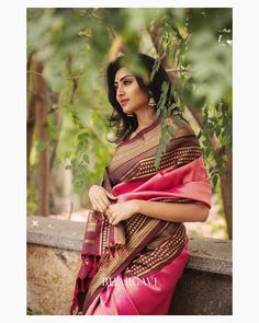 Check out some stunning traditional as well as contemporary south Indian latest silk sarees designs from a popular brand called Bhargavi Kunam. Traditional Silk Saree, Traditional Looks, Traditional Outfits, Latest Silk Sarees, Soft Silk Sarees, South Indian Silk Saree, Ethnic Looks, Kanchipuram Saree, Bridal Beauty