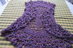 Chaleco- saquito de hilo, color violeta con hilos rojos, casi nuevo!!!, impecable estado!!!, talle único (pero sirve para talle S o M).   ...112138370
