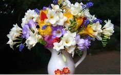 Lavender/yellow/white