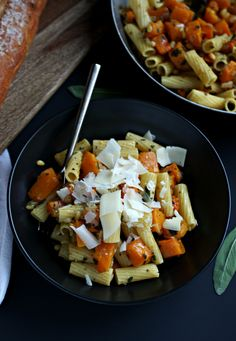 Pasta with Butternut Squash, Pinenuts and Sage. Amazing ...