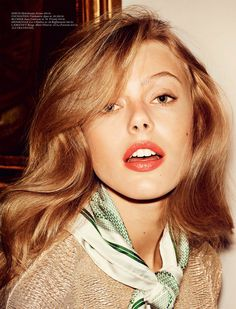 Coco – Swedish beauty Frida Gustavsson graces the pages of Cover Magazine's April edition looking sugary sweet in spring looks. Photographed by Hasse Nielsen… Frida Gustavsson, Gold Blonde Hair, Red Hair, Mint Hair, Golden Blonde, Wavy Hair, Icon Girl, Coral Lipstick, Chanel Lipstick