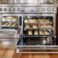 Thermador Steam Range!!! How cool would it be to have one of these at this time of the year? Cookies, cookies, cookies, galore!!!