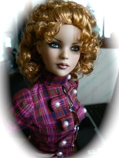 Brianna by Lisa G | Tonner Doll Duels