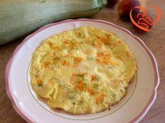 Frittata con fiori di zucca e formaggio http://www.cuocaperpassione.it/ricetta/512c1f4c-9f72-6375-b10c-ff0000780917/Frittata_con_fiori_di_zucca_e_formaggio