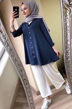 New Hijab Fashion for Muslim Woman's Modern Hijab Fashion, Street Hijab Fashion, Hijab Fashion Inspiration, Muslim Fashion, Mode Inspiration, Modest Fashion, Fashion Trends, Casual Hijab Outfit, Hijab Chic