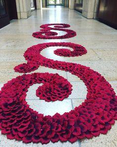 Deep Red Rose Aisle Runner -Queen Elizabeth- Red Rose Petal Aisle Runner, Wedding Aisle Runner, Petal Runner, Rose Petal Runner, Petal Aisle by PetaleDeRose on Etsy https://www.etsy.com/listing/466147151/deep-red-rose-aisle-runner-queen
