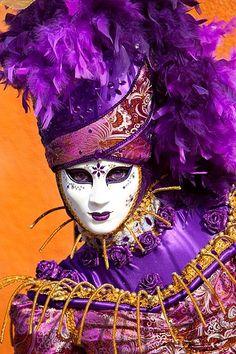 Mardi Gras - Carnival in Venice, Italy Venice Carnival Costumes, Venetian Carnival Masks, Mardi Gras Carnival, Carnival Of Venice, Purple Haze, Orange And Purple, Venitian Mask, Costume Venitien, Venice Mask