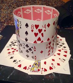 How to make a playing card top hat | Samantha Burgess Alice In Wonderland Tea Party Birthday, Alice In Wonderland Wedding, Wonderland Party, Wonderland Costumes, Mad Hatter Costumes, Mad Hatter Hats, Mad Hatter Tea, Mad Hatters, Crazy Hat Day