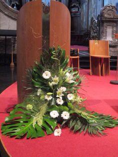 fleurs mariage dcoration du pupitre glise - Fleurs Capot De Voiture Mariage