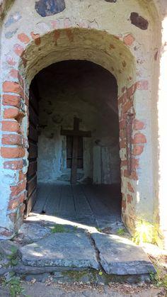 Tyrvännön vanha sakasti  1400 - luvulta  - Tyrväntö old chapel #Hattula  #Lepaa