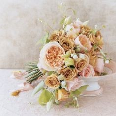 How to have a pretty-in-pink wedding that's sophisticated and not too girly (Photo via Martha Stewart Weddings)