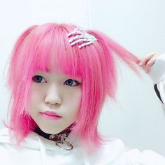 WEBSTA @ kyou_1120 - new Hair color #Fuzea  #ドルヲタだけどモデルの卵#マニックパニック#クレオローズ #ツインテールの日