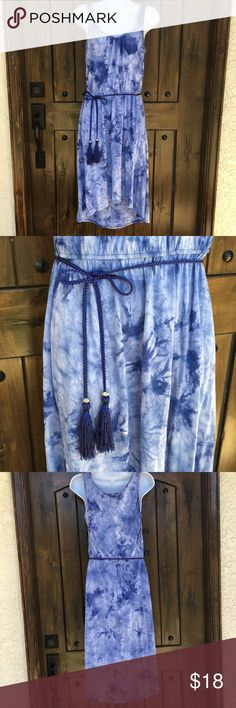 "AB Studio Blue Tie Dye High Low Dress S This is a blue AB Studio dress in size S. The waist is elastic for stretch and there is an adjustable tie belt. The dress is in nice preowned condition. Approx. measurements: 33"" bust (has stretch), 27"" waist, front length 38"" back 44"". AB Studio Dresses High Low"
