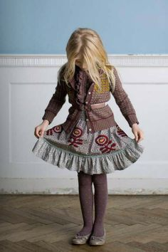 I know this is a little girl, but I'd so wear this outfit.