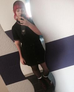 Christmas is over #christmasisover #skinheadgirl #skinbyrd #skinhead #docmartens #sharpskinhead #sharpskin