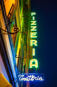 The Pizzeria - Rome, Italy Restaurant Exterior Design, Exterior Signage, Neon Lights Bedroom, Metal Fabrication Tools, Sign O' The Times, Neon Moon, Vintage Neon Signs, Neon Nights, Drink Signs