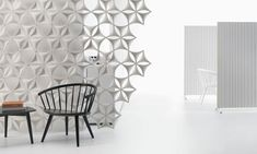 Sound absorbing workstation screen AIRFLAKE By Abstracta design Stefan Borselius Acoustic Wall, Acoustic Panels, Acoustic Baffles, Interior Window Shutters, Cool Office Space, Office Spaces, Lofts, Sound Absorbing, Abstract