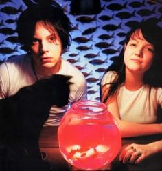 Jack and Meg White. They look like babies here!