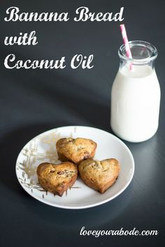 Banana Bread with Coconut Oil – Love Your Abode pan de banana – Banana Bread With Coconut Oil Recipe, Coconut Oil Uses, Banana Coconut, Banana Bread Recipes, Banana Bread French Toast, Breakfast Snacks, French Pastries, Dog Treat Recipes, Dessert Drinks