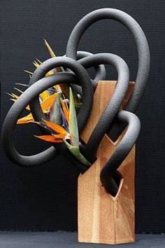 Winemaker Ron Brown used copper pipe insulation with Bird of Paradise in a ceramic vase to create his ikebana floral  arrangement at the Japanese Tea Garden in San Francisco, Calif., on Tuesday, March 8, 2011. Photo: Liz Hafalia, The Chronicle / SF