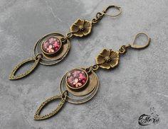 Bijou Créateur - Boucles d'oreilles pendantes bronze sur Dormeuses Cabochon Papillon Intercalaire fleur Breloques gouttes évidées : Boucles d'oreille par alextreize-creation