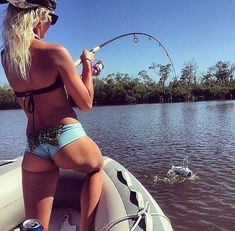 The best viral pics, sexy girls, funny photos, GIF's, and Video galleries from all over the world delivered daily! We are your little online bachelor pad! Fishing Girls, Fishing Life, Sport Fishing, Gone Fishing, Best Fishing, Kayak Fishing, Fishing Stuff, Fishing Knots, Fishing Shop