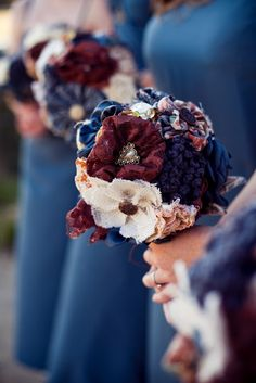 Different types of fabric flowers in one bouquet. I like it.