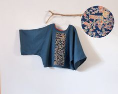 over sized bonnot linen top with vintage kimono panel ( gorgeous garden scene) ************** This one of the kind panel shows Japanese