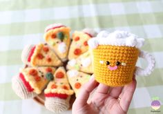 Combo Pizza Night + Beer!! New Crochet Pattern! Happiness is a slice of pizza…