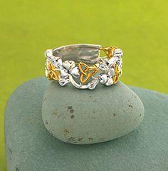 Wiccan Wedding Rings | Trinity Knot Shamrock Ring Gracefully radiant, distinctly Irish. Airy ...