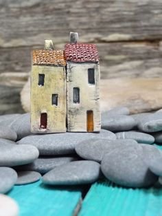 https://flic.kr/p/ihgTHx | Miniature ceramic house | Free sculpted stoneware clay. Painted with oxides, underglazes and glazes. Fired in a kiln. By Marina Lenzino ©Cherry Heart 2013 *sold* on etsy
