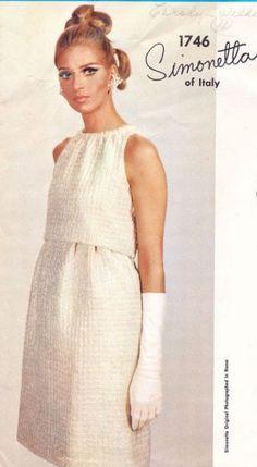 1967-Vintage-VOGUE-Sewing-Pattern-B34-DRESS-1784-SIMONETTA-of-ITALY-252787104069-3