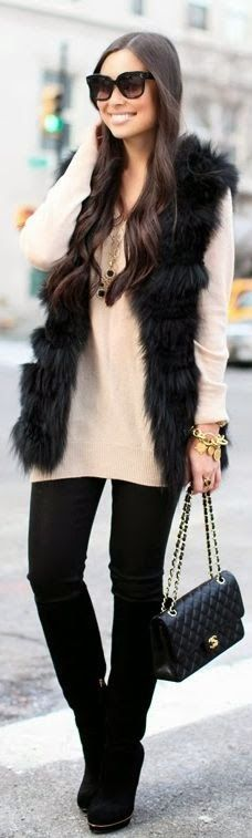 fall fashion black fur and cream sweater http://momsmags.net/best-street-fashion-clothing-for-women/