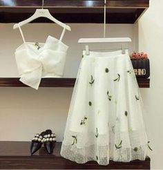 Mezuniyet , For More Fashion Visit Our Website cute summer outfits, cute summer outfits outfit ideas,casual outfits Mezuniy. , Source by outfits indian Indian Designer Outfits, Designer Dresses, Indian Dresses, Indian Outfits, Indian Clothes, Casual Skirts, Casual Outfits, Summer Outfits, Dress Outfits