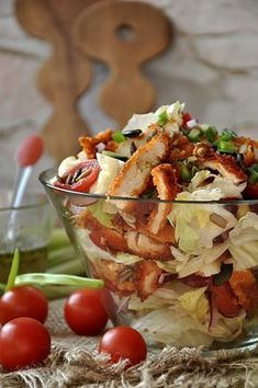 Krucha sałatka z panierowanym kurczakiem B Food, Good Food, Yummy Food, Healthy Snacks, Healthy Eating, Healthy Recipes, Cookbook Recipes, Cooking Recipes, Appetizer Recipes