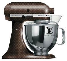 4.bp.blogspot.com _L24JGOLoIM4 S9V4bw-lEiI AAAAAAAABUw Cs0-7oKNJPE s320 KitchenAid-Mixer-Louis-Vuitton-Original.jpg