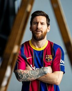 """3,347 Beğenme, 12 Yorum - Instagram'da 👑 G O A T 👑 (@leomessi.prime): """"😍😍😍😍🤤🤤🏡❤️😍  Do you love that kit ..? . . . Follow for more @leomessi.prime 😉 Turn on post & story…"""" Football Player Messi, Messi Team, Cr7 Messi, Messi Soccer, Messi And Ronaldo, Soccer Players, Neymar, Sport Football, Lionel Messi Barcelona"""