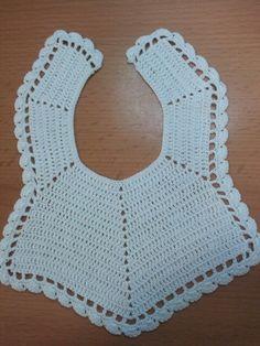 Babero bebe /crochet baby bib