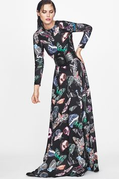 Make a statement in this butterfly-printed maxi dress. | H&M Trend