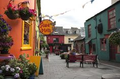 Headline Kinsale's warm welcome and warm food make it ideal to visit Connemara, Adare Ireland, Cosy Cafe, Destinations, Beaux Villages, Inverness, Continents, Dublin, Adventure Travel