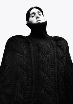 Sculptural Knits - Yes please! // Yii A/W 2014
