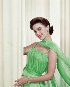 Hollywood Star, Vintage Hollywood, Hollywood Glamour, Classic Hollywood, Classic Actresses, Beautiful Actresses, Natasha Gregson Wagner, Splendour In The Grass, Glamour Photo