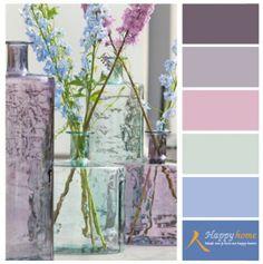 Kleurinspiratie van de winkel Happy Home. Lila, paars en blauw passen heel mooi bij elkaar zodra ze in de pastelhoek blijven.