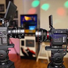 """""""Ok - so let's stay focused. We've got one shot.""""  love this photo by @lighthouserental : Two legends face to face #RedWeapon and #RedRaven #RedDigitalCinema #RedWeaponDragon #RedPro #R3D #RedMiniMag #CarbonFiber #CameraRig #Camera #CameraPorn #Cine #Cinema #Cinematography #DP #Canon #Leica ™@redrigs #captionthis #instalike #instalove #production #videogear"""